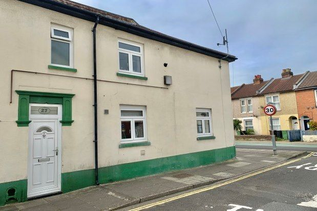 2 bed end terrace house to rent in St. Marks Road, Portsmouth PO2