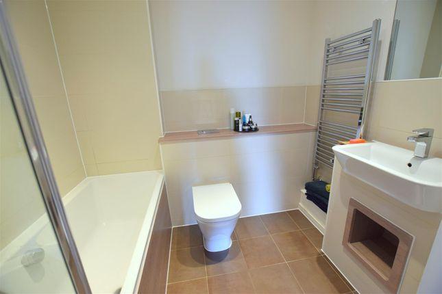 Bathroom: of Hammersley Road, London E16