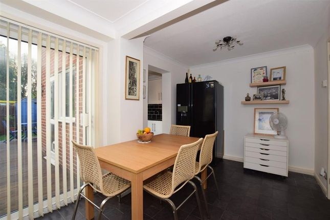 Thumbnail Terraced house for sale in Twickenham Close, Croydon, Surrey