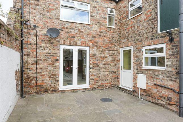 Thumbnail Flat to rent in Eldon Street, York