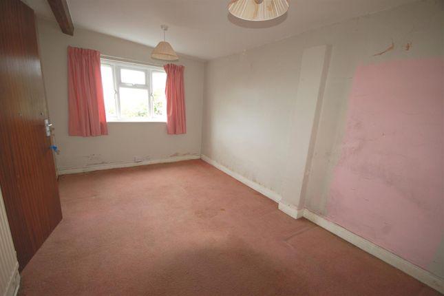 Bedroom of Bow Street SY24