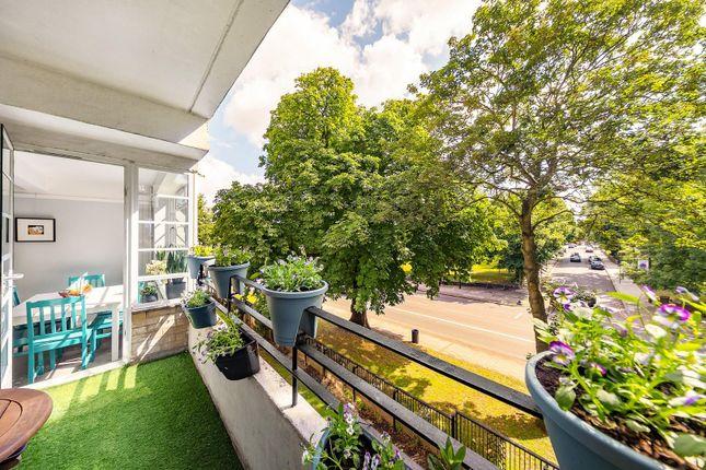 Balcony (1) of Brixton Hill, London SW2