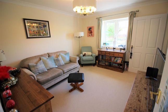 TV Room of Hewlett Place, St Andrews Ridge, Swindon SN25