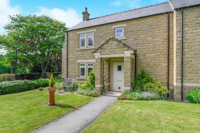 Thumbnail Cottage for sale in St Elphins Park, Darley Dale, Matlock