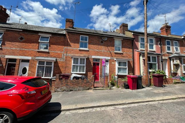 3 bed property for sale in Auckland Road, Earley, Reading RG6