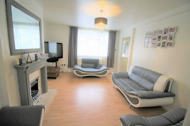 Thumbnail End terrace house for sale in Barnard Rd, Enfield