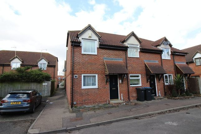 Thumbnail Terraced house for sale in St Andrews Meadow, Harlow