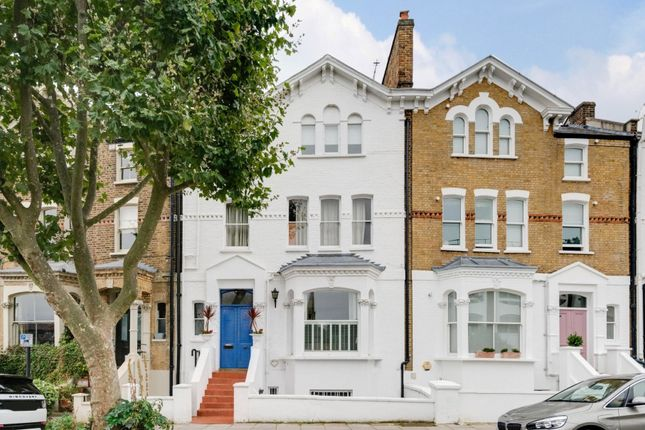 3 bed flat for sale in King Henry's Road, Primrose Hill, London NW3