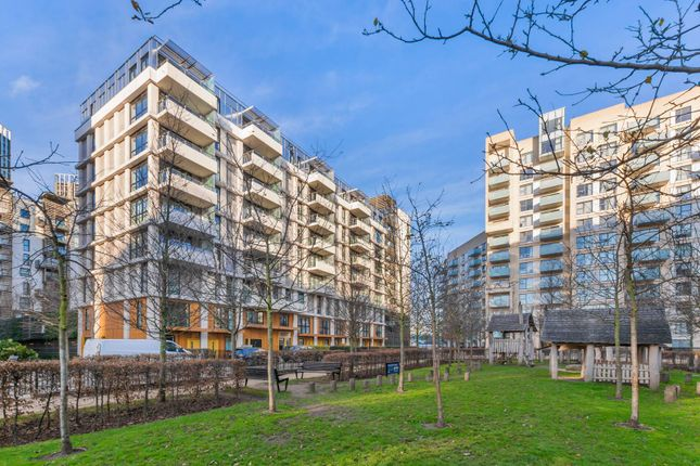 Flat for sale in Festuca House, Stratford, London