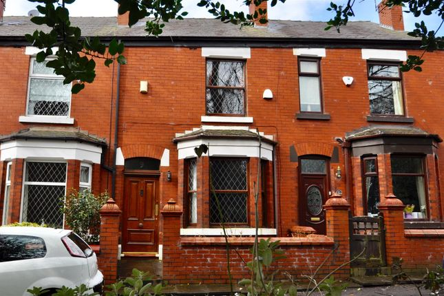 Thumbnail Terraced house for sale in Park Avenue, Hyde