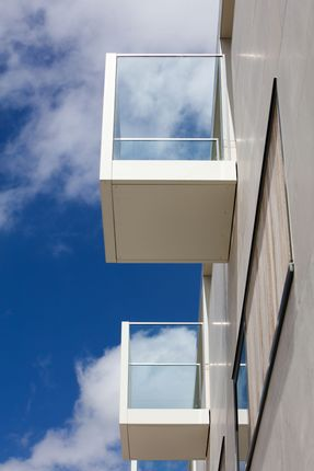 Thumbnail Flat for sale in Gabriel Square, St Albans