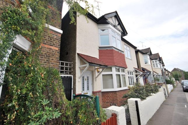 Thumbnail Flat to rent in Terrick Road, Alexandra Park, London