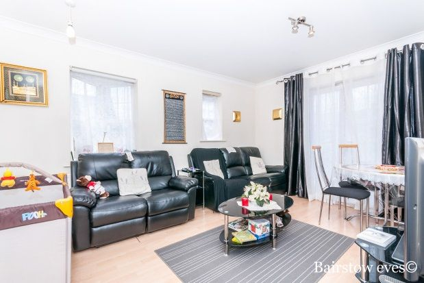 Thumbnail Flat to rent in Seaton Square, Mill Hill