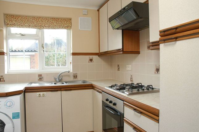 Thumbnail Property to rent in Southway, Westborough, Guildford