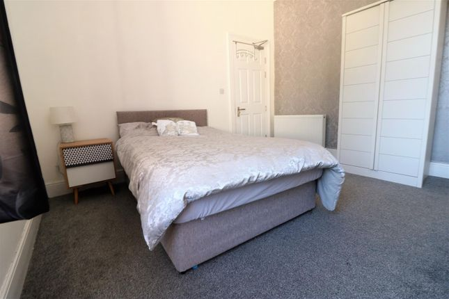 Room 4 of Room 6, Mayfield Street, Hull HU3