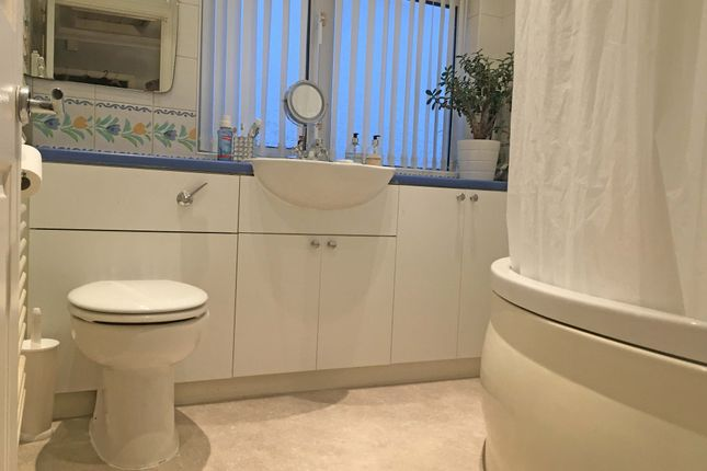 Bathroom of Rose Glen, Romford RM7