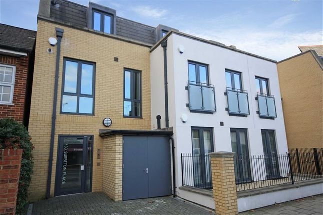 2 bed flat for sale in Hill Crest, Upper Brighton Road, Surbiton
