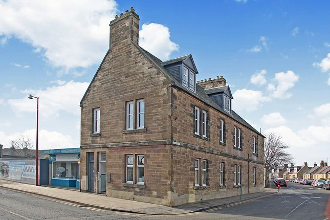 Thumbnail Flat for sale in High Street, Bonnyrigg, Midlothian