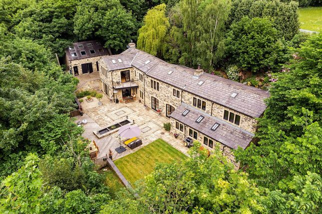 Thumbnail Detached house for sale in Cliffe Drive, Rawdon, Leeds