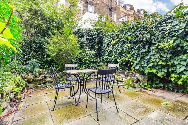 Garden of Chepstow Road, London W2