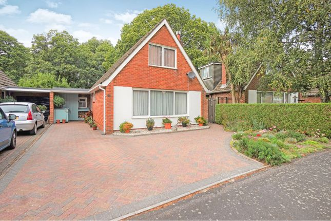 Thumbnail Property for sale in Charnwood Crescent, Chandlers Ford, Eastleigh