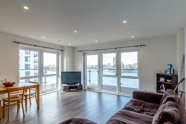 Thumbnail Flat for sale in Austen Heights, Centenary Plaza, Southampton
