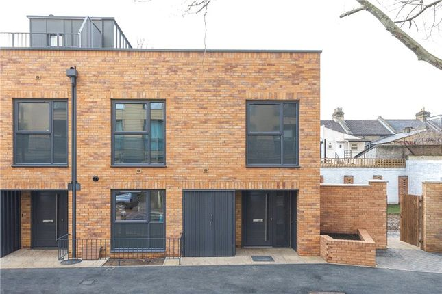 Thumbnail End terrace house for sale in Lingham Street, Clapham, London