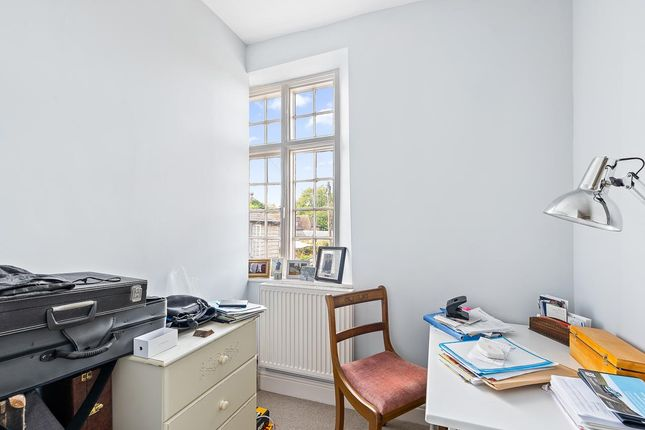 Bedroom 2-Small of St. Andrew Street, Hertford SG14