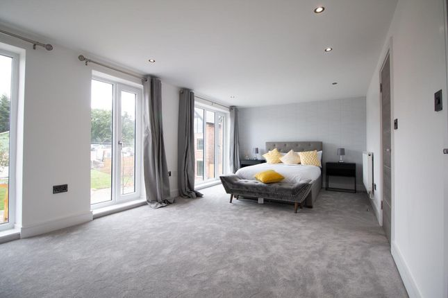 Guest Bedroom of Mere View, Astbury Mere, Congleton, Cheshire CW12
