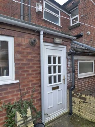 Thumbnail Flat to rent in Moorhouse Street, Leek, Staffordshire