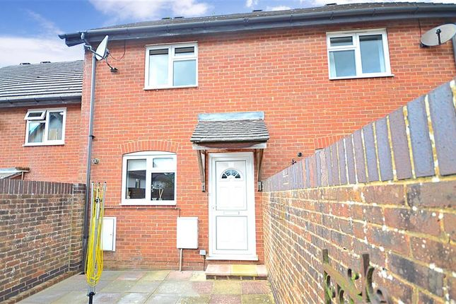 2 bed terraced house for sale in Greenfield Drive, Ridgewood, Uckfield, East Sussex
