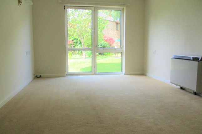Thumbnail Flat to rent in Homeville House, Hendford, Yeovil, Somerset