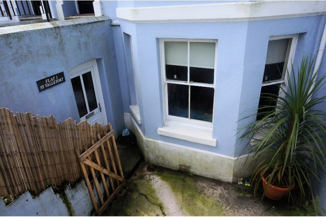 Thumbnail Flat to rent in 55 Valletort Road, Plymouth