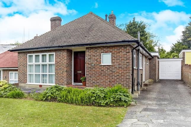 3 bed bungalow for sale in Steyning Close, Kenley