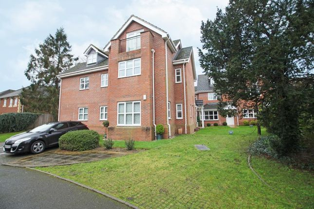 Thumbnail Flat to rent in Michaels Chase, Caversham, Reading, Berkshire