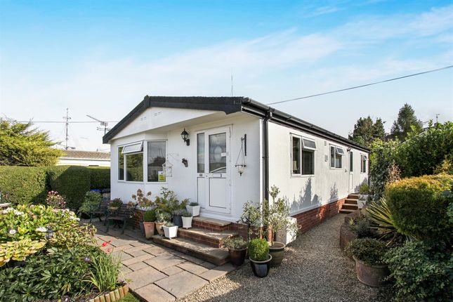 3 bed mobile/park home for sale in Holders Road, Amesbury, Salisbury