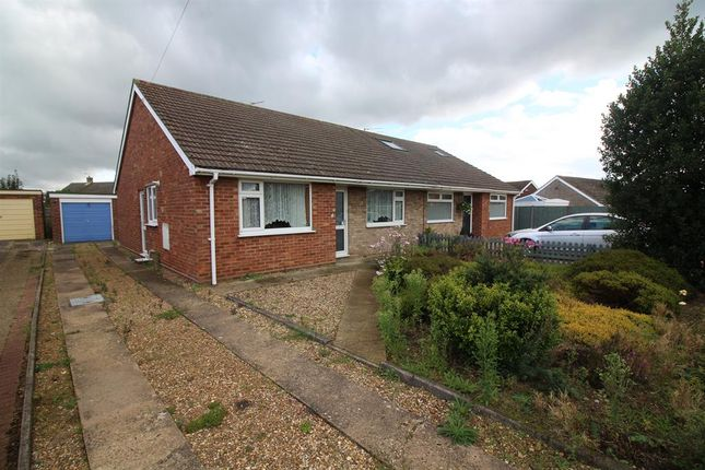 Thumbnail Bungalow for sale in Raymond Close, Norwich