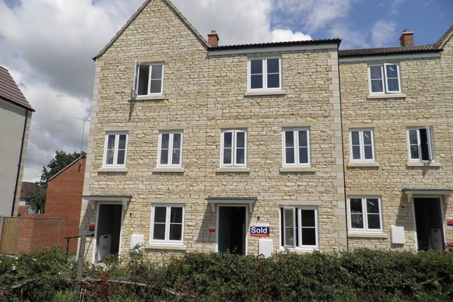 Thumbnail Property to rent in Slipps Close, Frome, Somerset