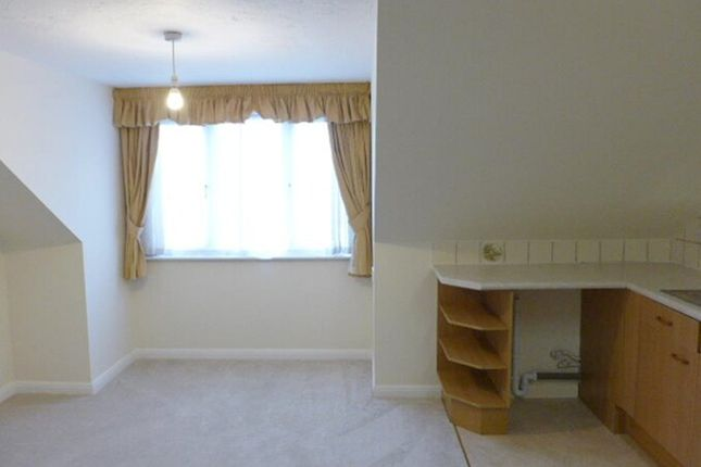 Thumbnail Flat to rent in Martins Court, Stadium Road, Southend-On-Sea, Essex