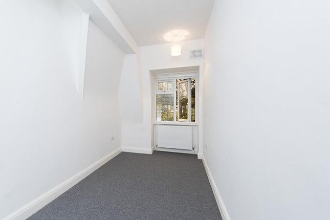 Photo 11 of Wendover Court, Finchley Road, London NW2