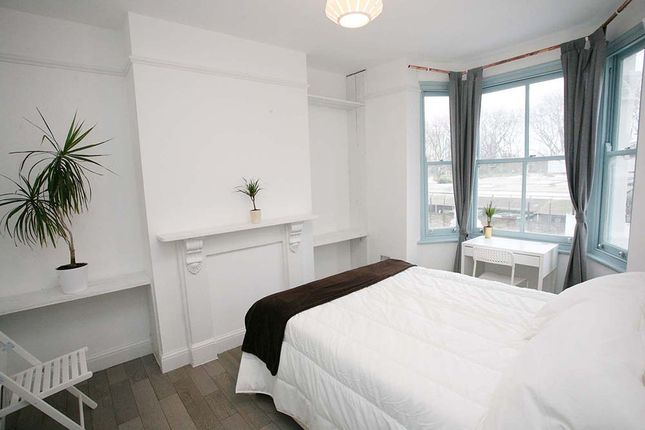 Thumbnail Shared accommodation to rent in Trundleys Road, London