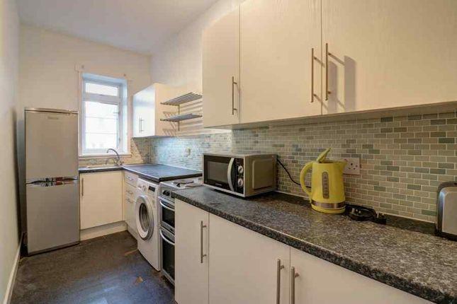 Kitchen of Learmonth Court, Edinburgh EH4