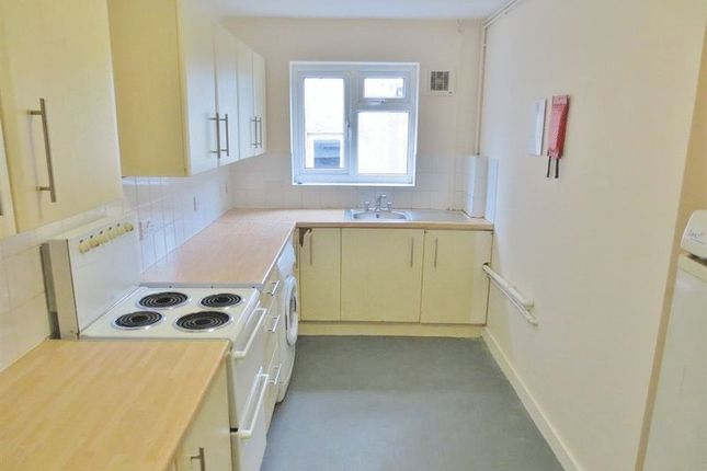 Semi-detached house to rent in The Avenue, Brighton