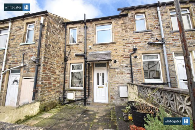 Picture No. 15 of Caister Grove, Keighley, West Yorkshire BD21