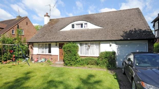 Thumbnail Detached bungalow for sale in South Drive, Sonning, Reading