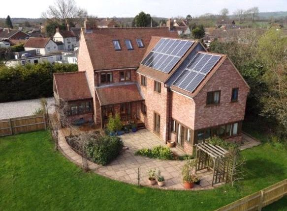 Thumbnail Detached house for sale in Manor Road, Oakley, Aylesbury