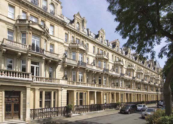 Thumbnail Flat to rent in Cambridge Gate, Regents Park, London