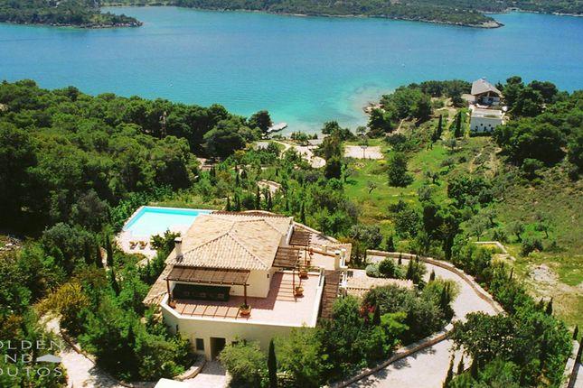 Villa port in porto heli ermionida argolis peloponnese for Greece waterfront property for sale