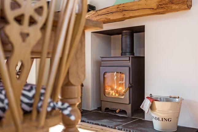 Thumbnail Property to rent in Sixteen Acres Lane, Bickmarsh, Bidford-On-Avon, Alcester
