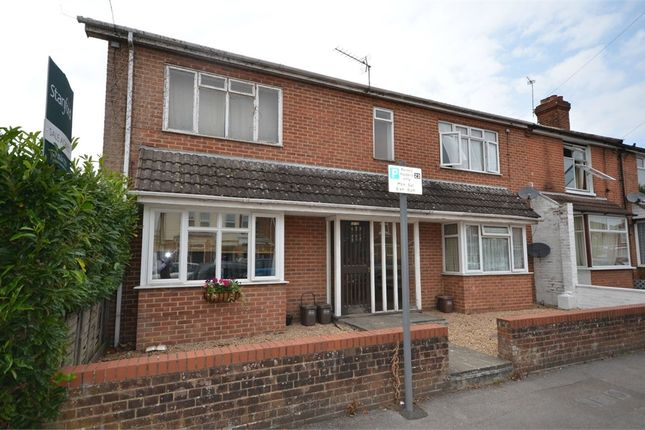 Thumbnail Flat to rent in 18-20 Nutbeem Road, Eastleigh, Eastleigh, Hampshire